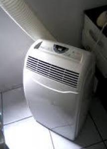 """O calor na semana passada estava bravo! E não é que um dos Ar Condicionados da Iteris """"deu pra trás""""!!! Rapidinho a Verdi Equipos estava lá com um de seus aparelhos portáteis. — em Itaim Bibi (São Paulo-SP)"""
